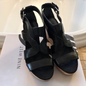 NW Wedge sandals